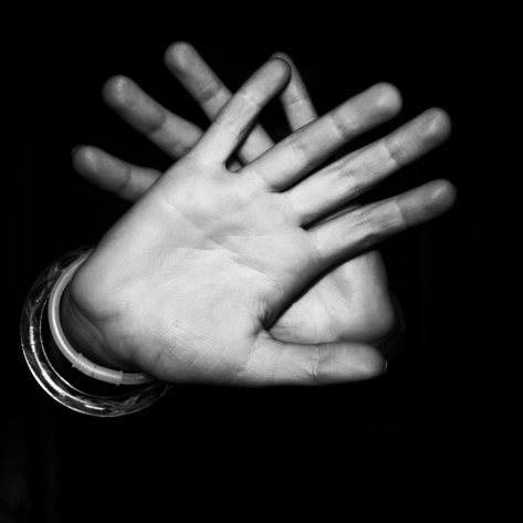 black-and-white-dark-fingers-23008